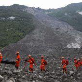 Neue Erdrutsche in China erschweren Suche nach Vermissten