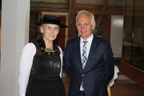 Stehen für eine aktive Juppenwerkstatt: Obmann Herbert Dorn und Leiterin Martina Mätzler.