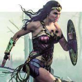 Weiblicher Charme für das Superheldenkino