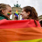 Deutscher Bundestag beschließt Ehe für alle