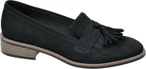 Absolut im trend liegen diese Penny-Loafer von Graceland. Gesehen bei Deichmann um 24,90 Euro.