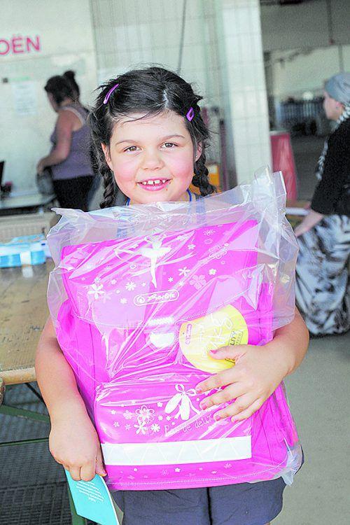 Auch Schultaschen gehören zum Schulstartpaket. Foto: ÖRK