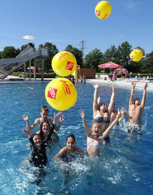 Beim Jubiläum findet der Antenne-Badespaß mit vielen Aktionen statt. Es gibt auch eine Traumreise im Wert von 1500 Euro zu gewinnen.