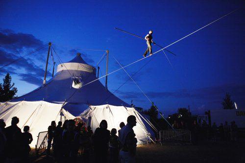 """Bereits vor vier Jahren begeisterte David Dimitri bei """"Schaulust"""" im Millennium Park die Besucher mit seiner Hommage an den guten alten Zirkus.FOTO: david dimitri"""