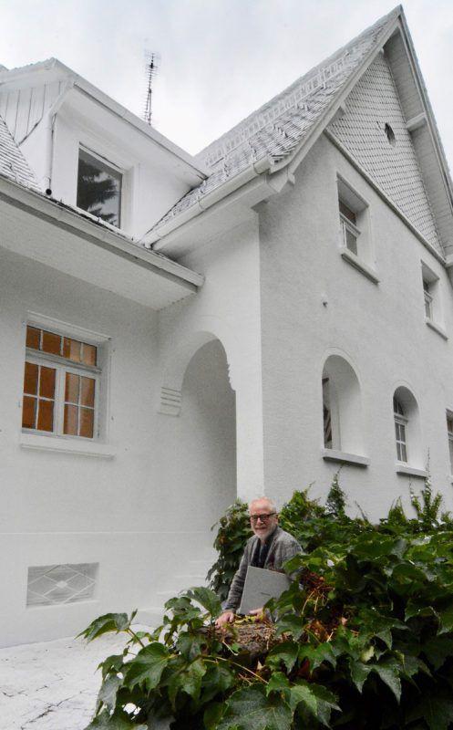 Bestens besetzt: Tone Fink vor dem Weißhaus in Hörbranz.