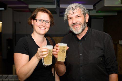Claudia Feichtner und Peter Hosp (Omicron).