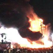 Festivalbühne in  Barcelona in Flammen