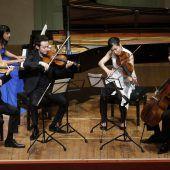 Pianistisches Feuerwerk in orchestraler Dichte