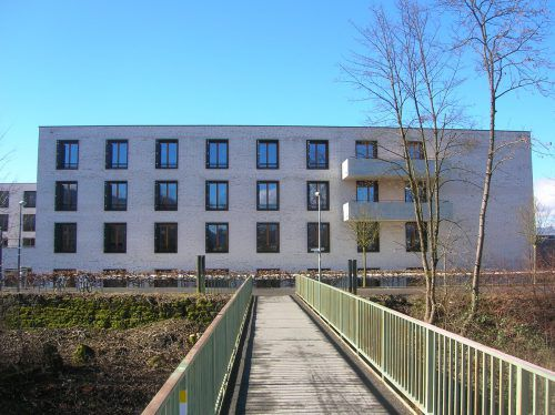 Der 50 Jahre alte Steg auf Höhe Pflegeheim Birkenwiese wird durch eine neue Brücke ersetzt.Foto: HA