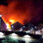 Flammen wüteten im Camden Lock Market