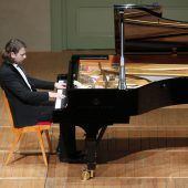 Brillanter Schumann und robuster Chopin