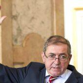 Salzburgs Stadtchef kündigt Rücktritt an
