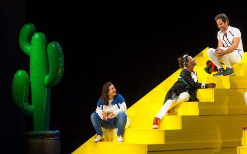 """Die Gastspielpremiere von """"The Situation"""" von Yael Ronen & Ensembles fand gestern Abend im Rahmen der Bregenzer Festspiele im Kornmarkttheater statt. Foto: Stiplovsek"""