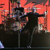 Große Show im Regen: U2 begeistern in Berlin