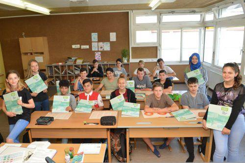 Die Schüler der NMS Lustenauerstraße Dornbirn machten sich zum Jahresende Gedanken über den weiteren Weg. Foto: BIFO