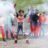 Der achte Sieg spülte Marquez an die Spitze