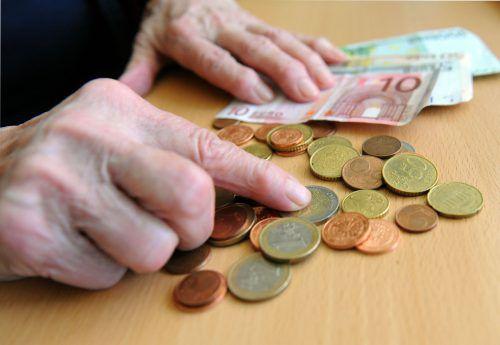 Wer eine Pension von bis zu 1115 Euro brutto pro Monat erhält, kann mit einem Plus von 2,6 Prozent rechnen.APA