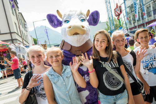 Das 35. Milka Schokofest lockt heute wieder Tausende Besucher in die Bludenzer Innenstadt. VN/Stiplovsek