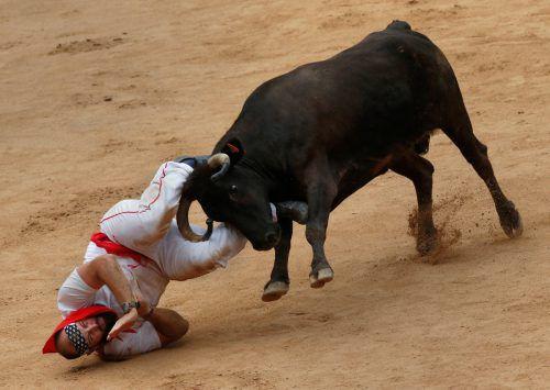 Für die Teilnehmer gefährlich, für die Tiere der sichere Tod: Die Stierhatz von Pamplona.Foto: Reuters