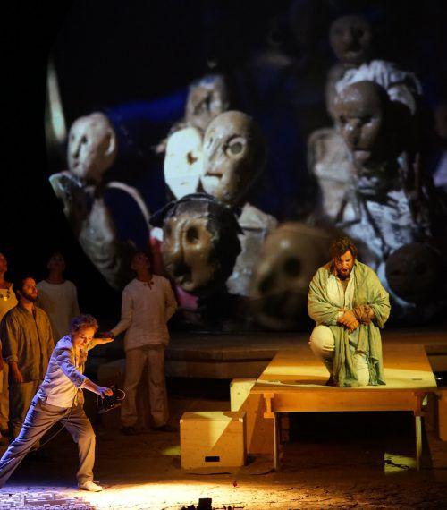 """Goran Juric als Moses: Musikalisch verlangt auch Rossinis 1818 uraufgeführte """"azione tragico-sacra"""" Opern-Präzision. Foto: BF/Forster"""