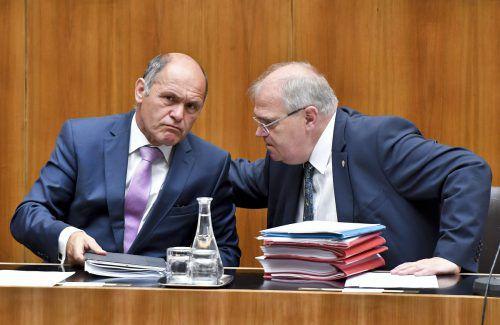 Innenminister Sobotka (l.) und Justizminister Brandstetter(ÖVP) schickten ihr Sicherheitspaket in Begutachtung.APA