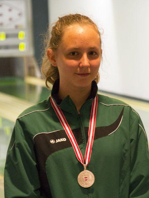 Lena Baumgartner freute sich über die Silbermedaille.Foto: verein