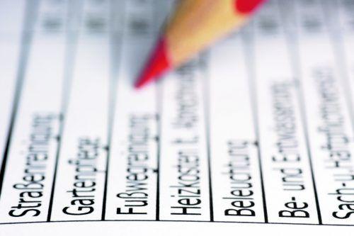 Mit 30. Juni müssen die Betriebskostenabrechnungen gelegt werden. Foto: Shutterstock