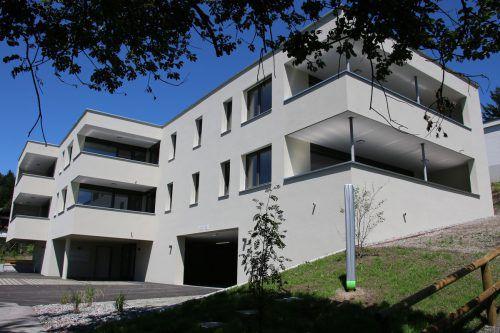 Niedrigstenergiewohnanlage der Alpenländischen in Göfis mit sechs Mietwohnungen. Foto: AWG