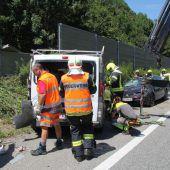 Drei Verletzte nach fatalem Überholmanöver