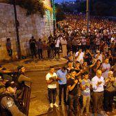 Israel baut umstrittene Metalldetektoren ab