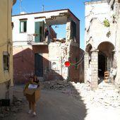 Touristen flüchten nach Beben von Insel Ischia
