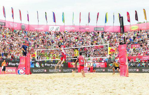 Clemens Doppler und Alexander Horst begeisterten bei der WM mit Beachvolleyball der Extraklasse. Das Duo war mit dem Einzug ins Finale für einen Fan-Ansturm auf dem Gelände der Donauinsel verantwortlich. Foto: apa