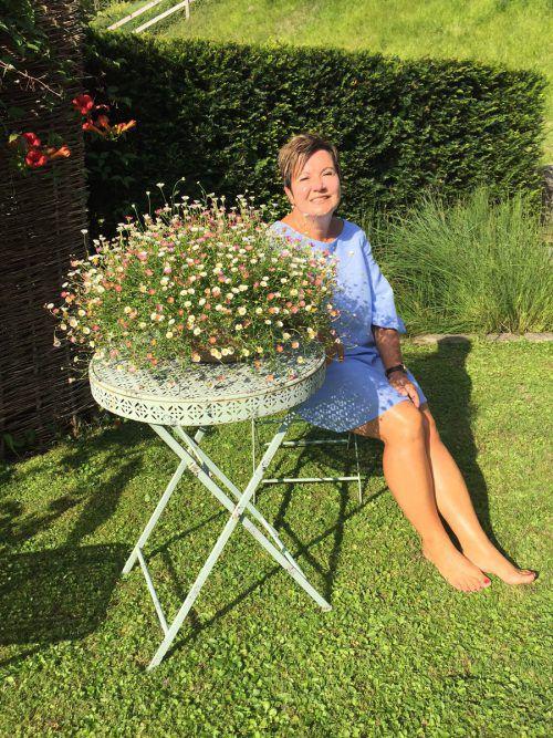 Der Garten von Doris Stadelmann ist eine Oase des Wohlfühlens. Hier entspannt sie von ihrer vielfältigen Arbeit. Foto:vn/mm
