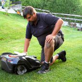 Rasenroboter liegen im Land voll im Trend
