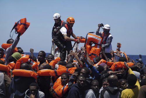 Die Stimmung gegen die privaten Seenotretter hat sich in den vergangenen Monaten zunehmend verschlechtert.Foto: AP