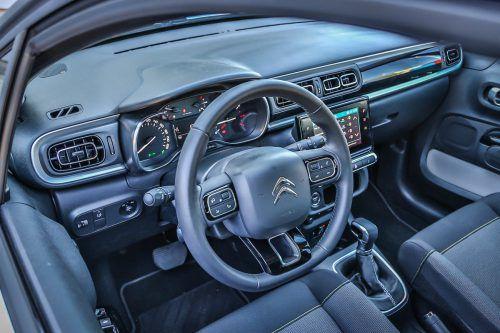 Eindruck nach 7738 gefahrenen Kilometern: Der Citroën C3 präsentiert sich im VN-Dauertest als sanftes Sparautomobil, das zu Überraschungen fähig ist. Minus: Spiegelungen in der Windschutzscheibe sind mitunter ziemlich störend.