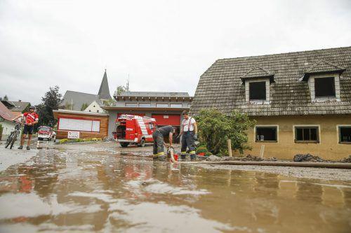 Einsatzkräfte in Teilen der Steiermark und in Salzburg haben derzeit alle Hände voll zu tun.Foto: Apa