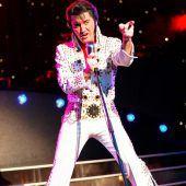 Elvis rockt die Bühne in Bregenz