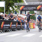 Tobias Erler triumphierte beim Stadtkriterium in Hohenems