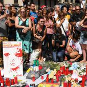 Tausende trauern in Barcelona um die Opfer des Terroranschlags