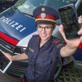 Der persönliche heiße und smarte Draht zur Polizei