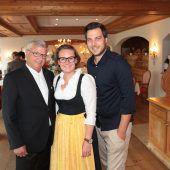 "<p class=""caption"">Gebi Walch (l.) Alexandra Kiener und Michael Kerschbaum.</p>"