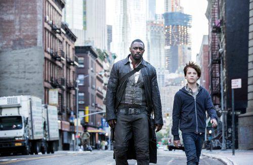 Idris Elba spielt neben dem Nachwuchstalent Tom Taylor die Rolle des gebrochenen Revolverhelden in zahlreichen Facetten. Foto: Sony PIctures