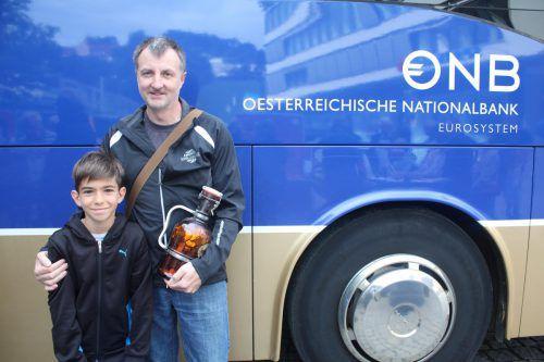 Im Eurobus wurden die Groschen aus der Flasche umgetauscht. OeNB