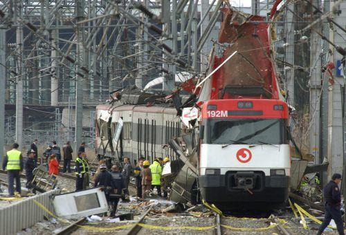 Im März 2004 detonierten Bomben in vier Pendlerzügen in Madrid. 191 Menschen kamen ums Leben. Foto: AP