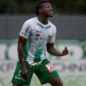 Dossou läuft für Benin auf