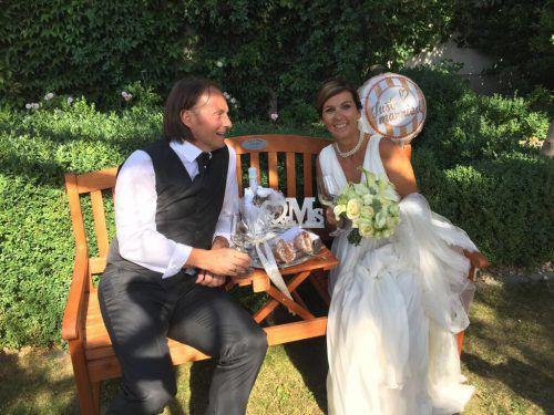 Just married! Anita Wachter und Rainer Salzgeber gaben sich in Rust im Burgenland das Jawort.Foto: Privat