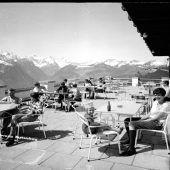 "<p class=""caption"">Mit dem Bau der Muttersbergseilbahn Mitte der 1950er-Jahre erschloss sich den Bludenzern ein Naherholungsgebiet.Fotos: Stadtarchiv/Hegenbart-Team</p>"