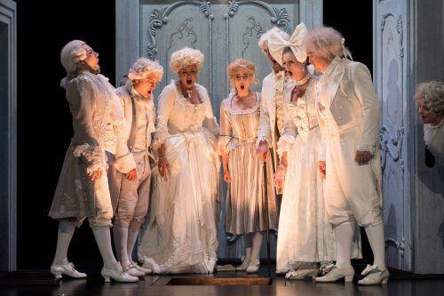 """Mozarts Oper """"Die Hochzeit des Figaro"""" ist ein heiteres Intrigenspiel voll erotischen Hasardierens und mit viel politischem Sprengstoff. foto: VN/Sams"""
