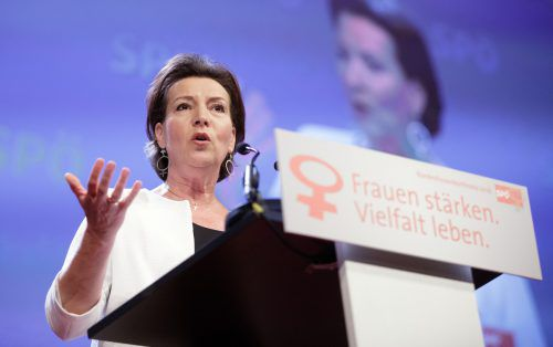 "SPÖ-Frauenchefin Gabriele Heinisch-Hosek appelliert: ""Frauen stärken. Vielfalt leben."" FOTO: APA"